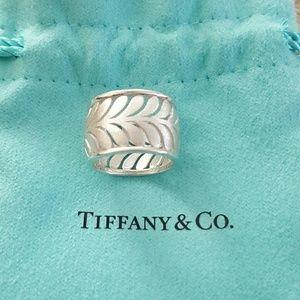 Tiffany & Co. Paloma Picasso Paisley Palm Ring